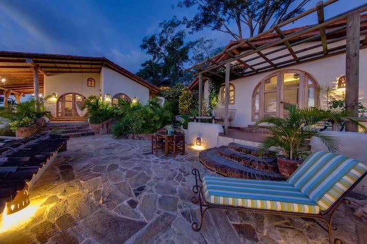 Villa Loma Del Socorro Luxury Ocean-View Villa.