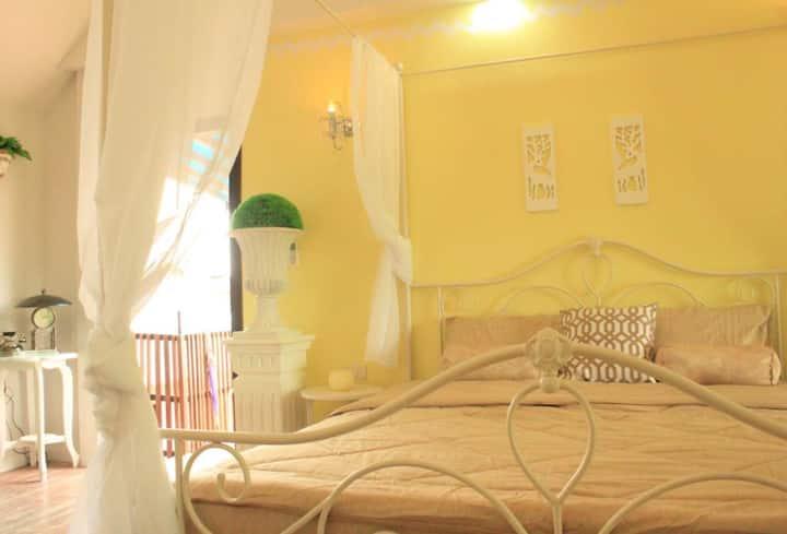 Nan Rim Nam Resort - The Romantique Room