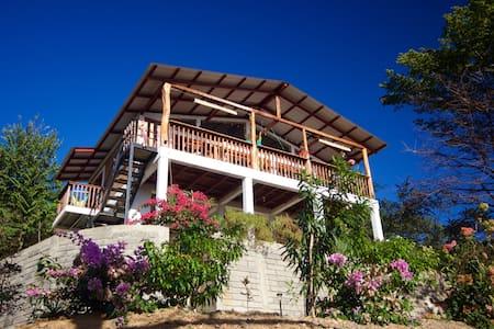 Casa Alta, Playa Yankee, Nicaragua. Must have 4x4