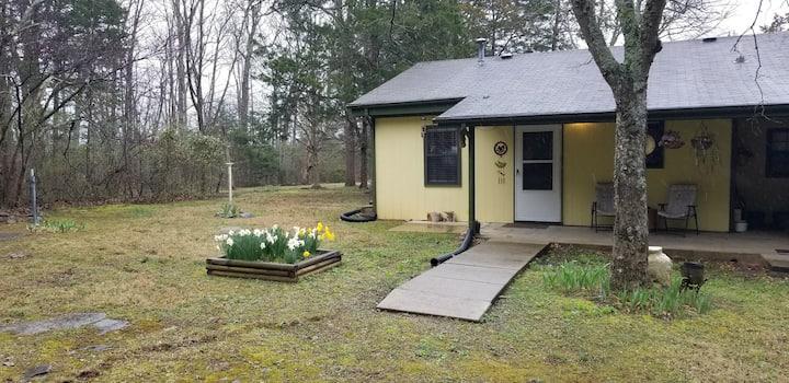 Cedar Glade Lodge