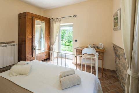 cottage with kitchen close Fivizzano