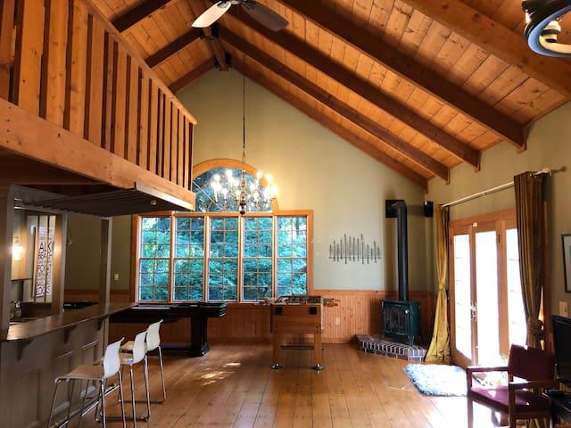 Cedar House - Studio Guest House