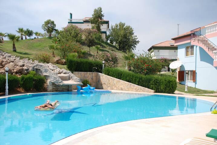 Quiet villa Belek Antalya Turkey - Karadayı Belediyesi