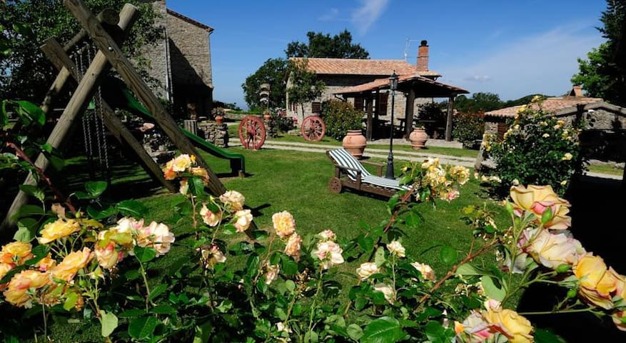 Agriturismo i Monti - Semproniano - Bed & Breakfast