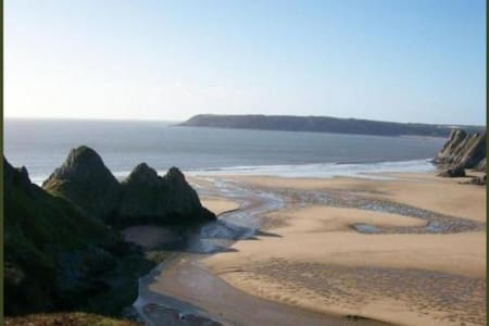 Cosy stone cottage in the heart of Gower - Reynoldston,Gower