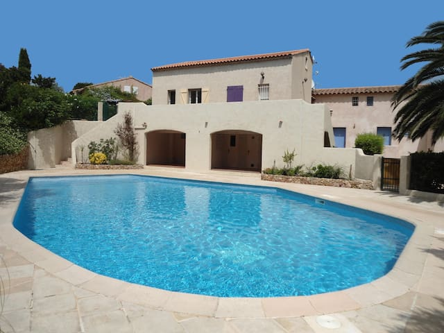 Villa just outside St Aygulf,Frejus