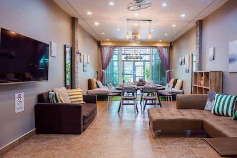 Elegant & Clean City-Home, Super View Roof Terrace