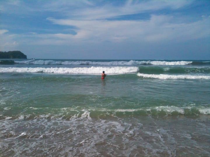 Sublime Ocean View Condo