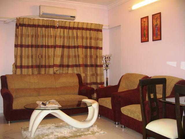2 Bedroom Apartment in Bandra West - Bombay - Bed & Breakfast