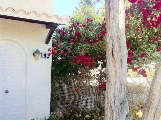Cozy family house in Cala Tarida - Sant Josep de sa Talaia - Huis