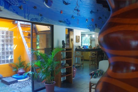 Playa Negra Surf House Just Steps From The Ocean!! - Los Pargos