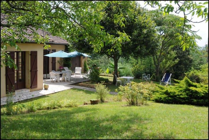 Maison sur vaste terrain, Sarlat - Proissans - Hus