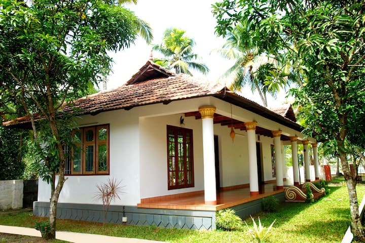 Riverside River Facing Cottage, Kochi