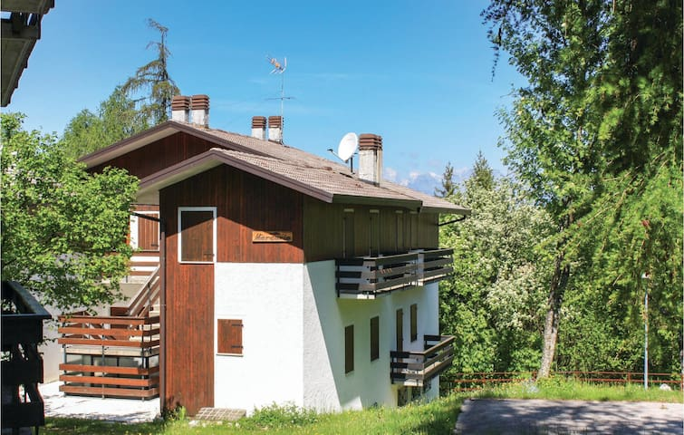 Holiday apartment with 2 bedrooms on 60m² in Nevegal-Belluno -BL-