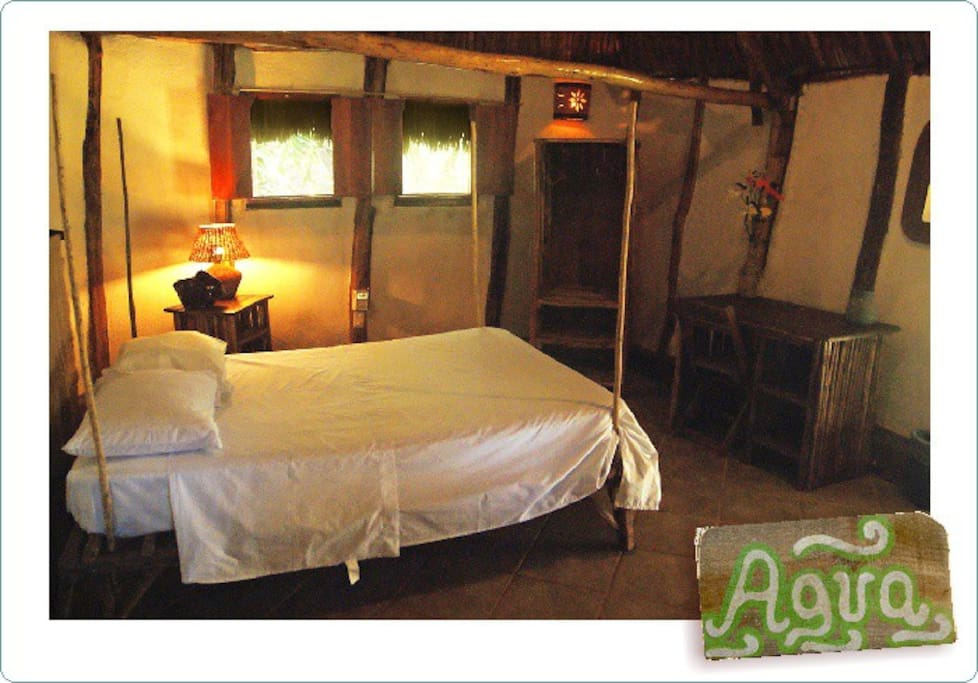 Cabaña FUEGO... with 1 double bed... Private bath... Kitchen... terrace..