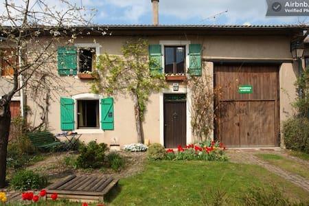 Chambres d'hôtes à Burtoncourt - Penzion (B&B)
