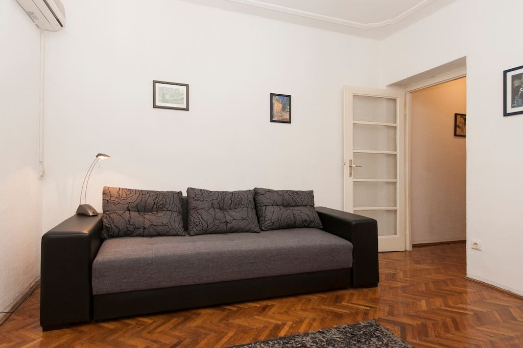 vuk center free pick up 6pm appartements louer belgrade serbie centrale serbie. Black Bedroom Furniture Sets. Home Design Ideas