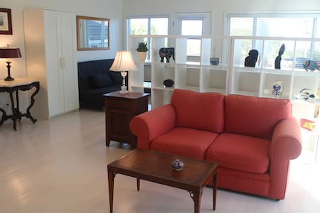 NEW! Beautiful Studio/Cottage