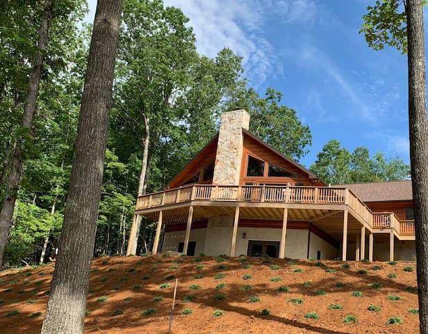 Serenity Cabin