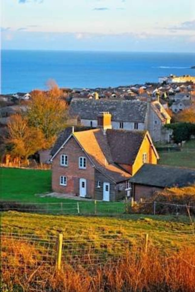A Victorian farm cottage close to the sea