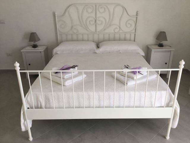 Fusco Rooms - Stanza Lavanda