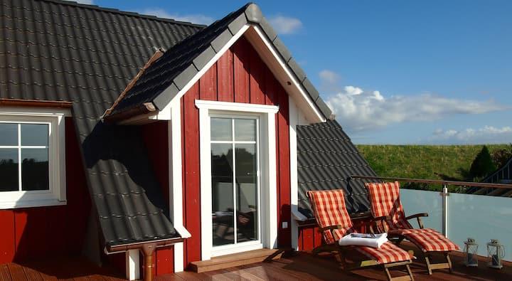 Tolle Dachterrasse und Fasssauna