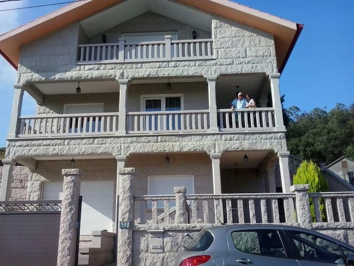 Acogedora casa a 250m de la playa