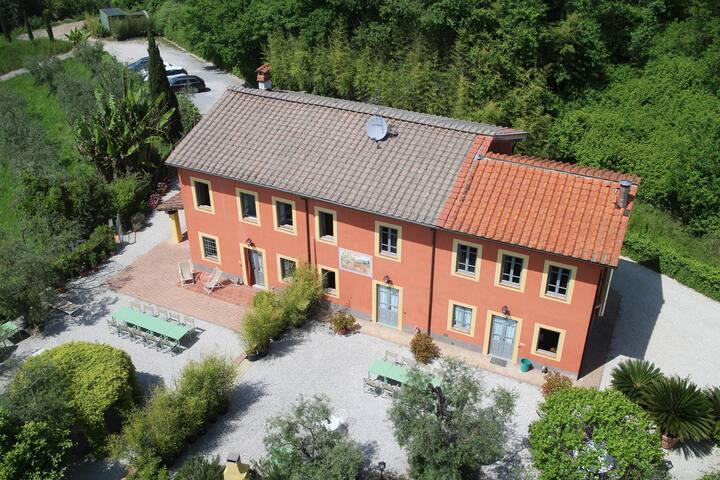 Il casale del bel vivere in collina - Capannori - Villa