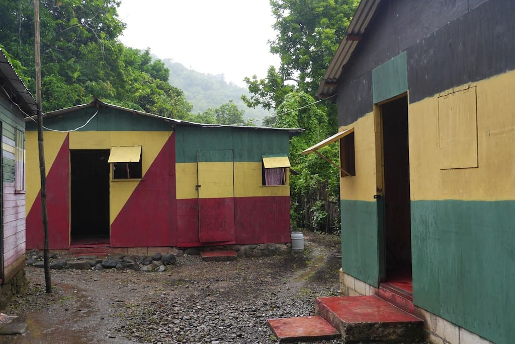 Riverside Cool Cabin 1 Bed Huts For Rent In Sunning