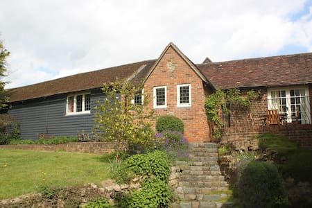 Luxury country stay near Edenbridge, Kent.