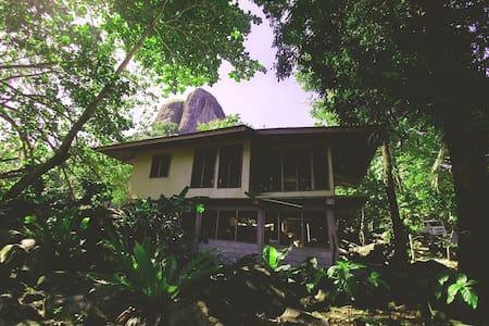 Relaxing Island Getaway with Car Rental