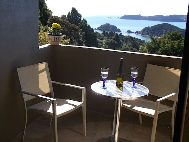 Aqua Heights - Stunning views - Paihia - Daire