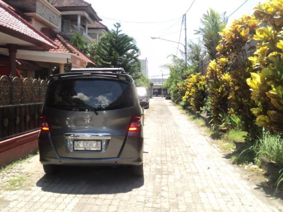 jalan perumahan