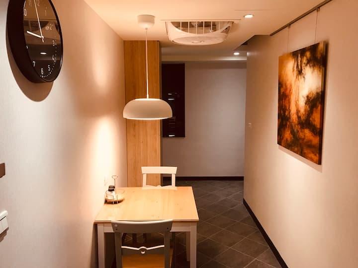 Luna  House 10B 交通超便捷超美房,近A9林口站,三井,長庚醫院(需訂30天以上)