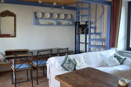 Casale Ferronio - Le Rondini Apt - Ponticelli
