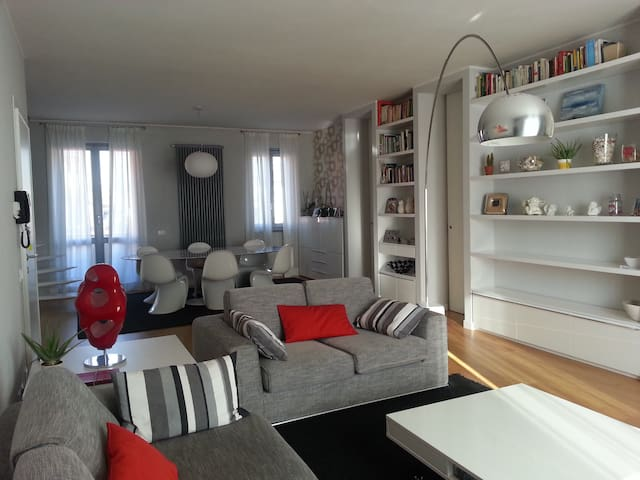 Prestigious apartment 13 km Expo - Senago - Apartment