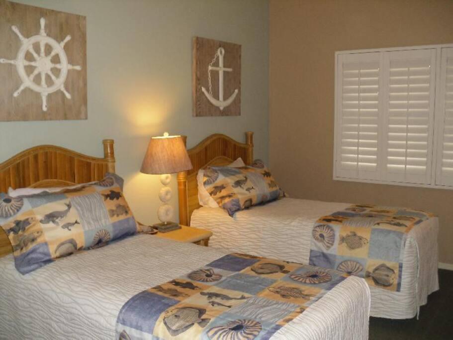 Luxury Beach Condo 2 Br Suites Condominiums For Rent
