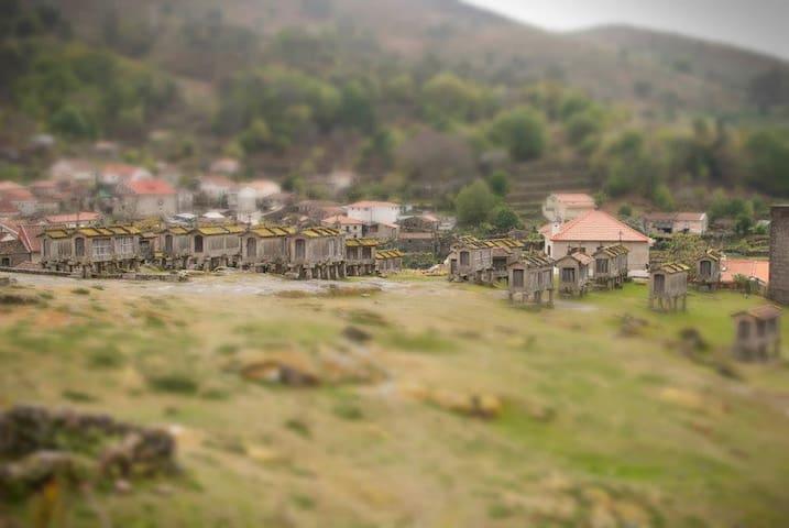 Casa dos Espigueiros - Lindoso
