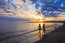 BEACH, SUN & RELAX