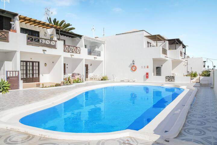 "Encantador ""Apartamento Marcialino"" con Wi-Fi, balcón, terraza y piscina compartida"