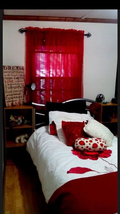 Room To Rent To International Student