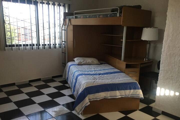 Linda Casa Cuautla - Habitación 2