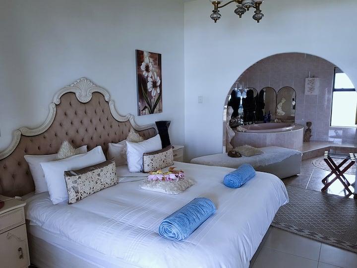 Honeymoon Suite in The Getaway Guesthouse