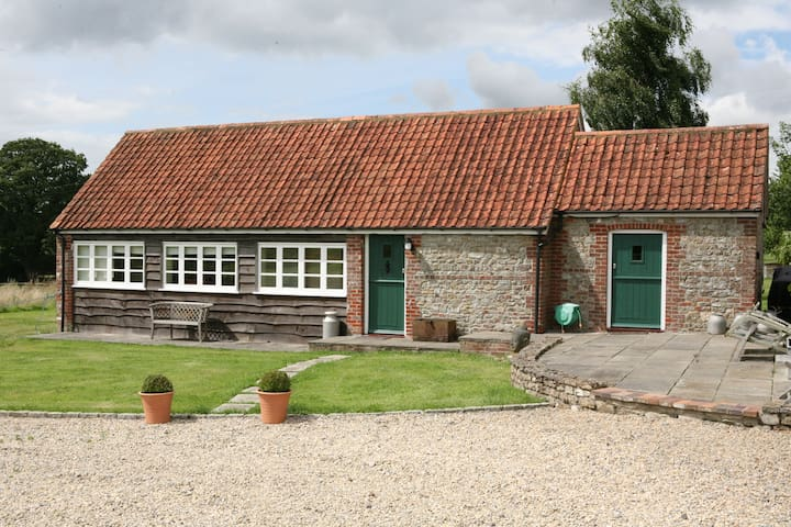 Heath House Farm Stables - Chapmanslade - Casa
