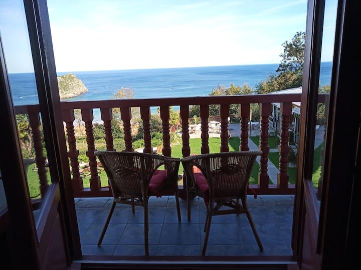 Apartamento en LEKEITIO con balcón y vistas mar
