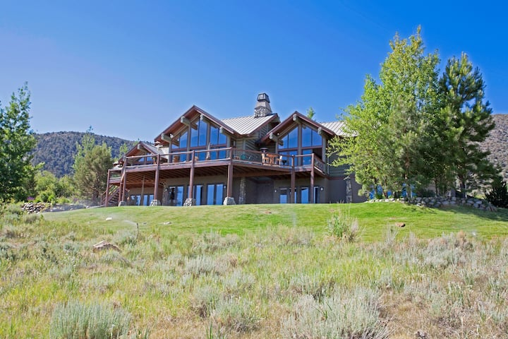Mammoth Lakes area Craftsman Home Mo to Mo