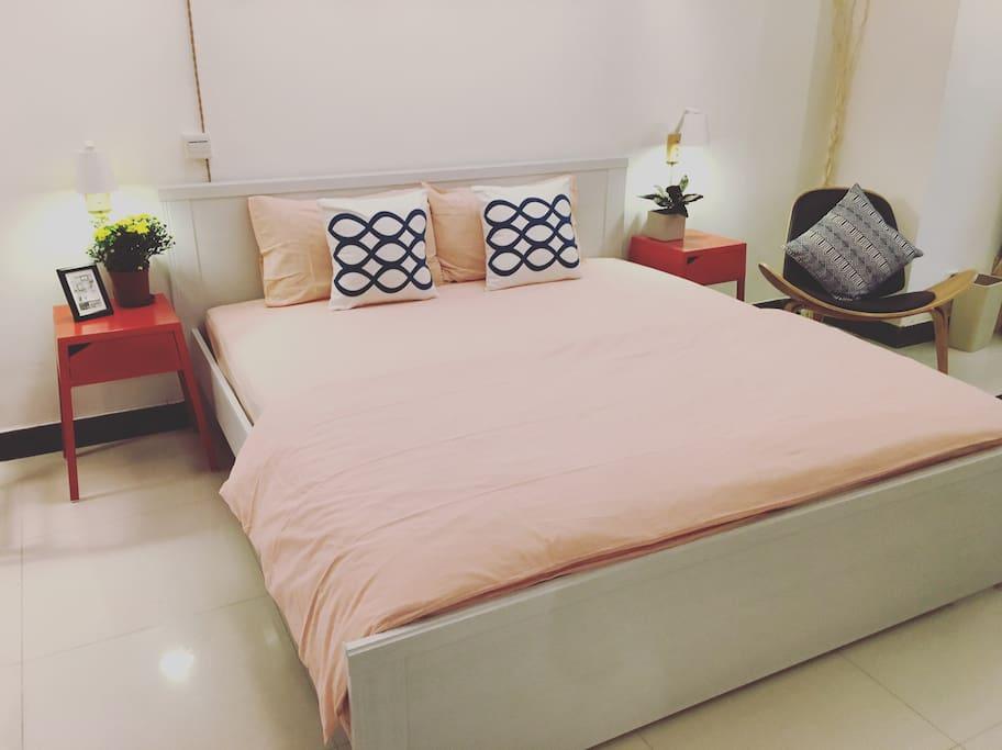 180大床,配备优质棉麻床品