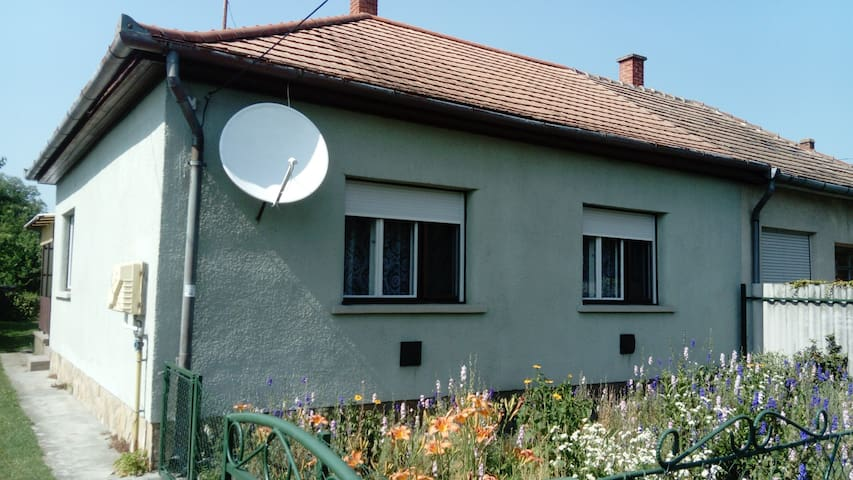 House for 5 persons in Balatonfenyves R54236