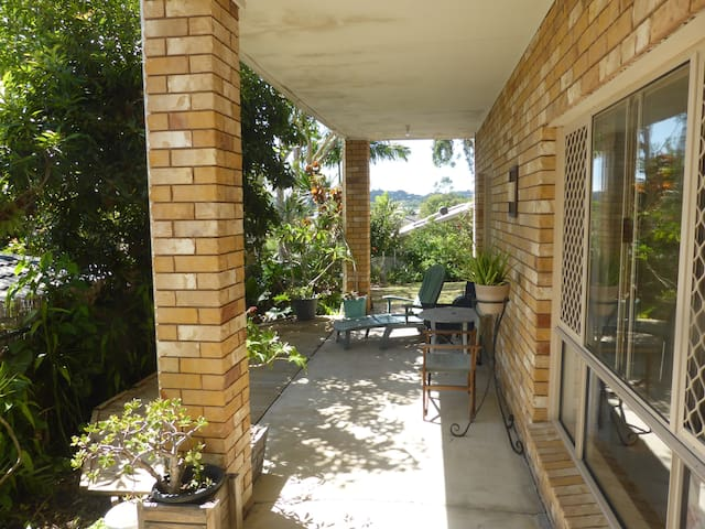Self contained space in Currumbin/Elanora 2
