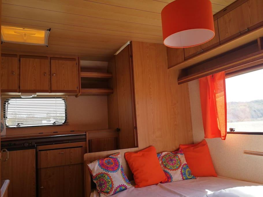 Caravane - The Sun - 5 places